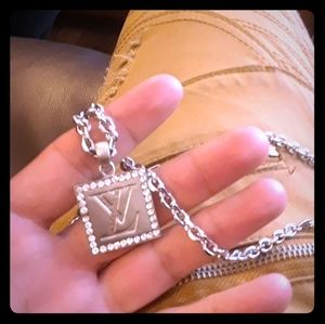 Louis Vuitton Chain